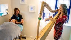 Duo Harpe et Massage bien-être à Saint-Malo par Légèreté d'Être et Lalia