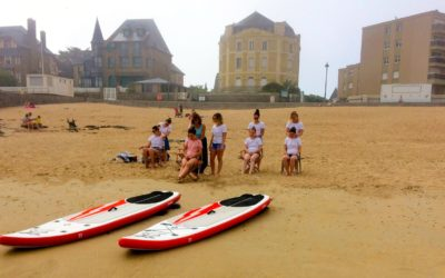 Retour sur un enterrement de vie de jeunes filles réussi plage du Sillon à Saint-Malo